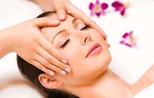 tipos de masajes de cabello